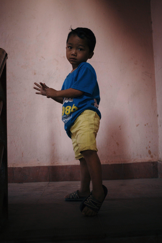 Bambino del Nepal.