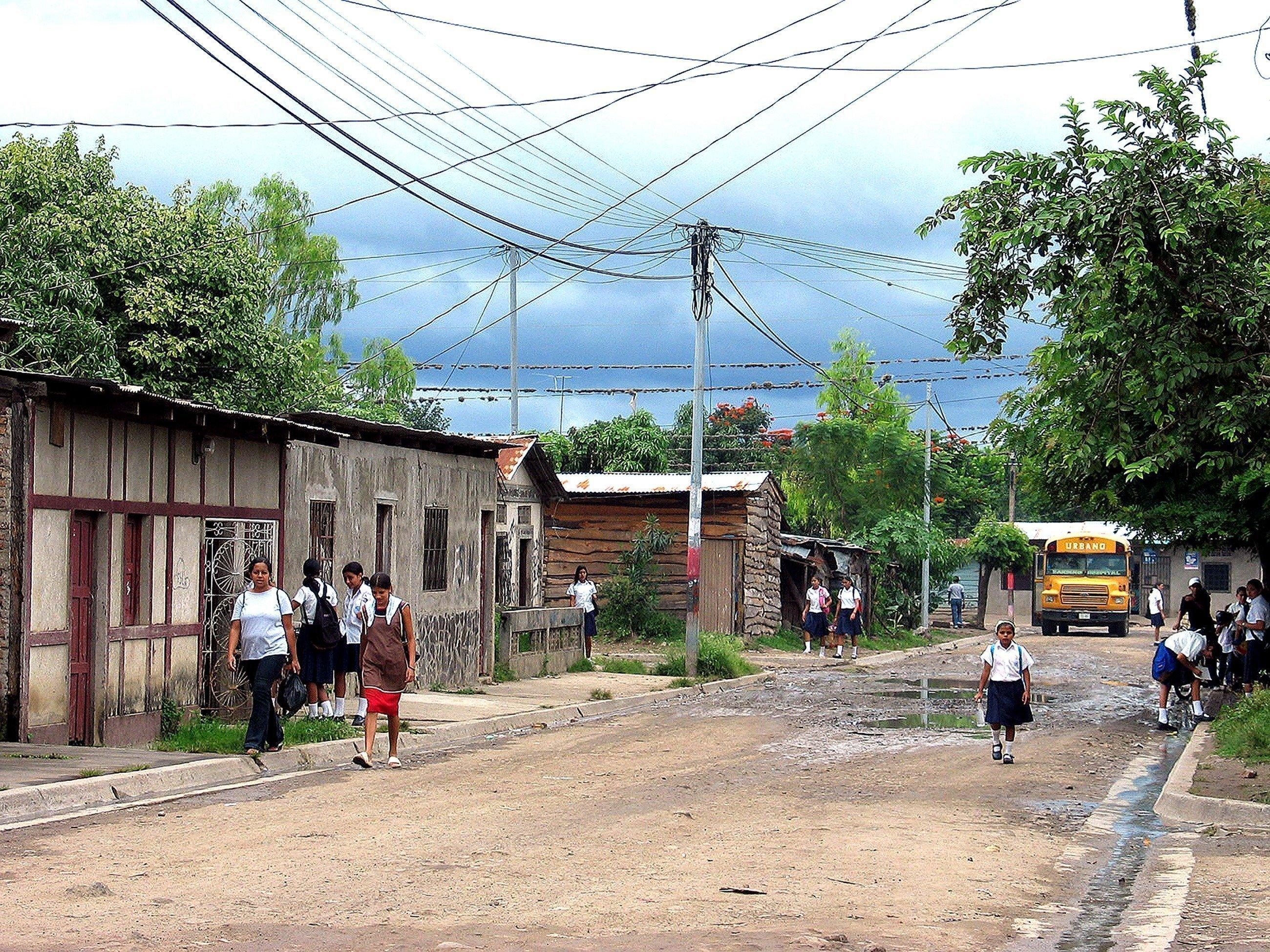La strada di un villaggio in Nicaragua