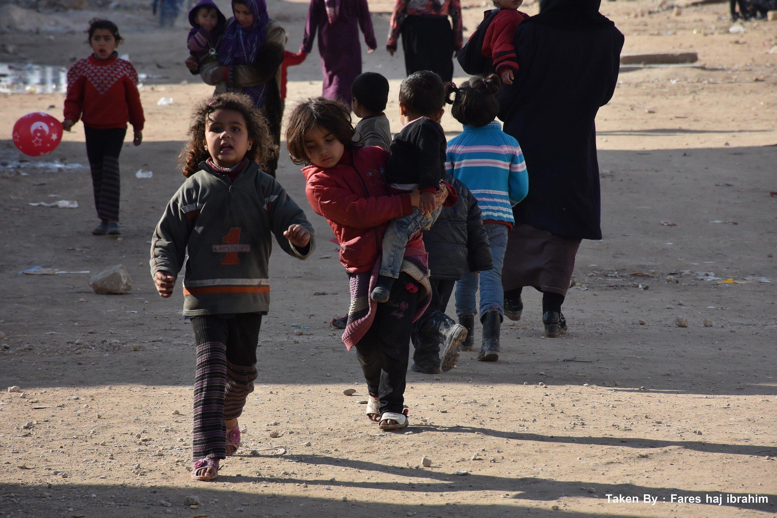 Bambini in strada.