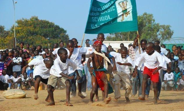 Competizione sportiva in una scuola di SOS Villaggi dei Bambini.