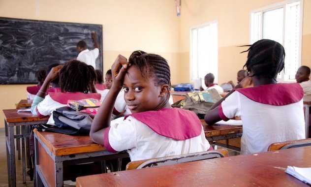 Scolaretti nella loro scuola in un SOS Villaggio dei Bambini.