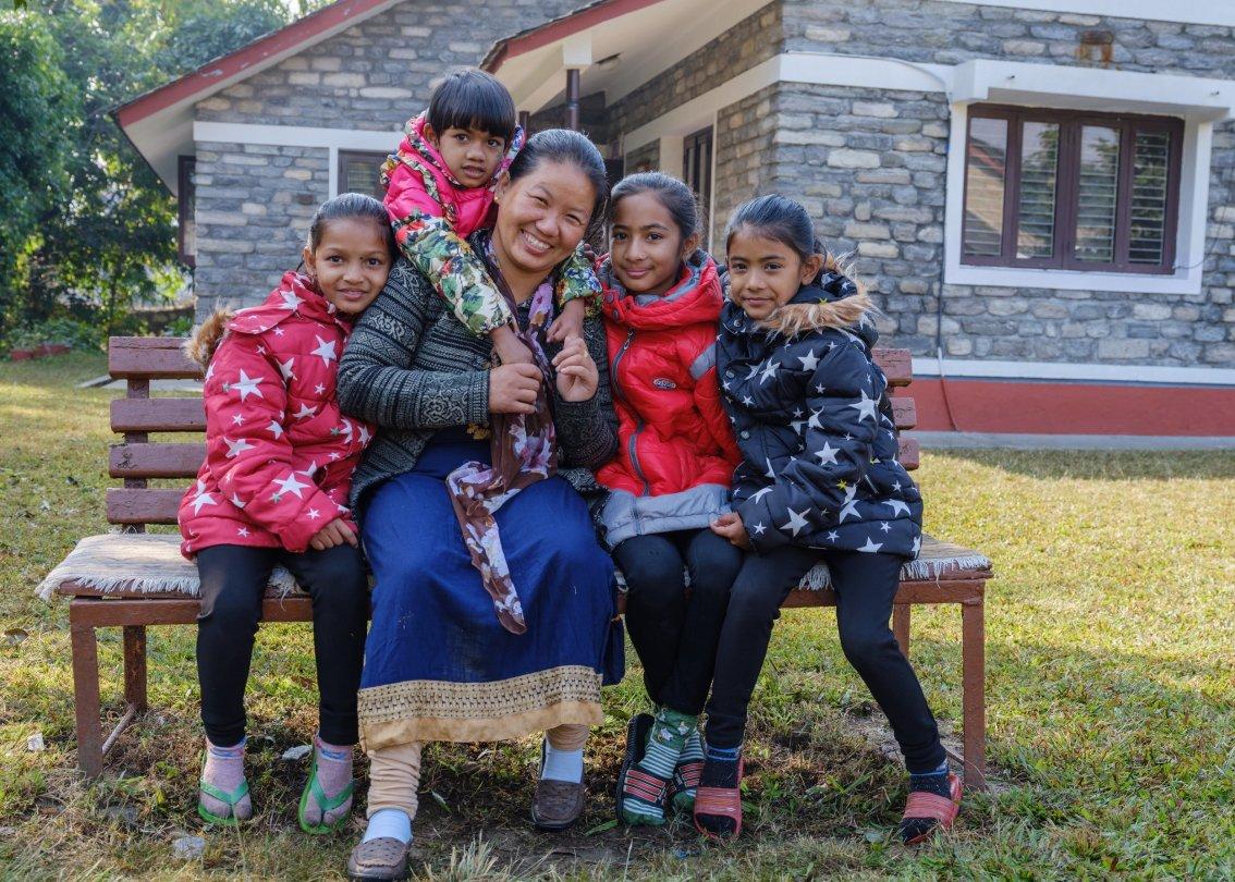 SOS-Kinderdorf bietet Kindern Betreuung und Schutz.