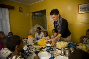 L'ambasciatrice Maria Walliser in visita al villaggio dei bambini SOS di Harar nel 2011.